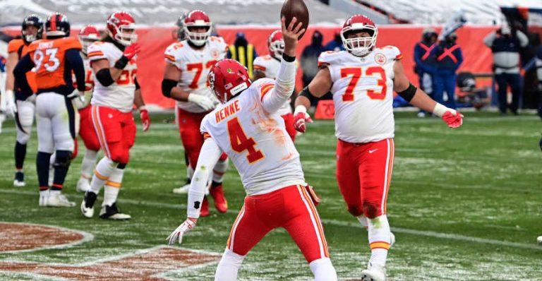 Carolina Panthers vs Kansas City Chiefs NFL Week 9 Odds & Pick