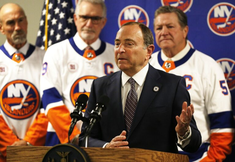 [Updated] 2021 NHL Season: Start Date, Schedule, Plans, Divisions & How to Watch