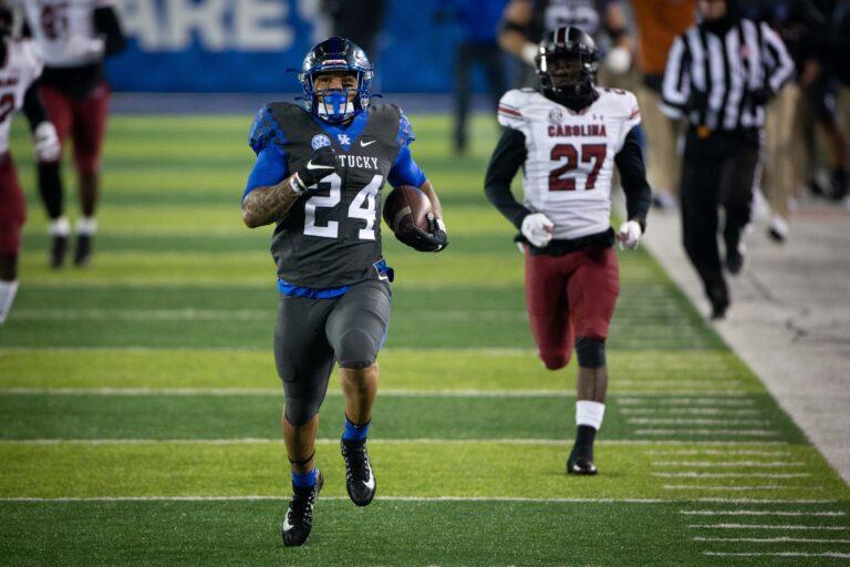 Gator Bowl 2021 Odds: #23 NC State vs Kentucky Pick & Preview (Jan 2)