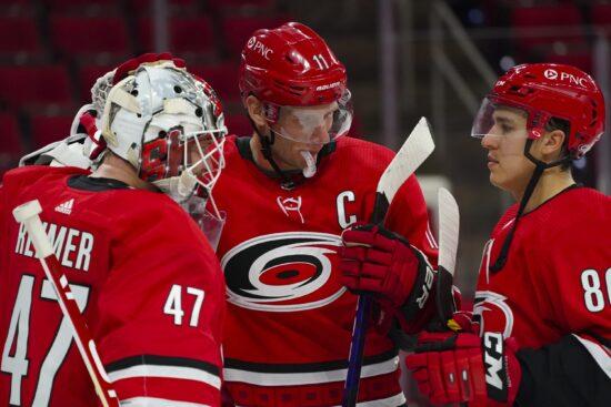 Free NHL Pick: Panthers vs Hurricanes Prediction & Lines (Feb 17)