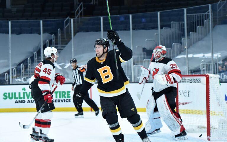 Free NHL Pick: Flyers vs Bruins Prediction & Lines (Feb 21)