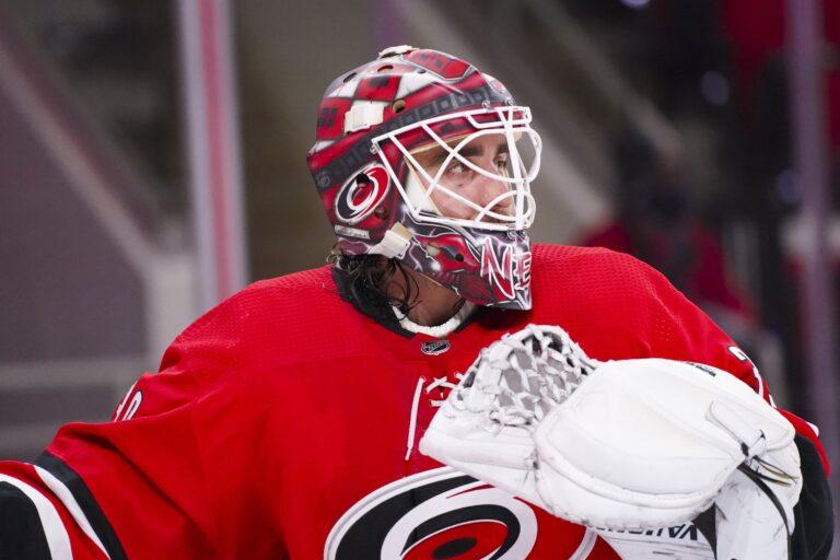 Free NHL Pick: Lightning vs Hurricanes Prediction & Lines (Feb 22)
