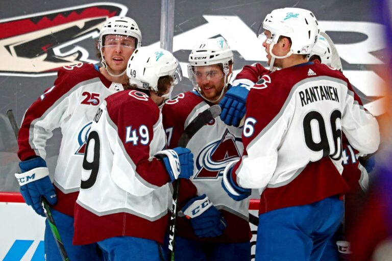 Free NHL Pick: Coyotes vs Avalanche Prediction & Lines (Mar 8)