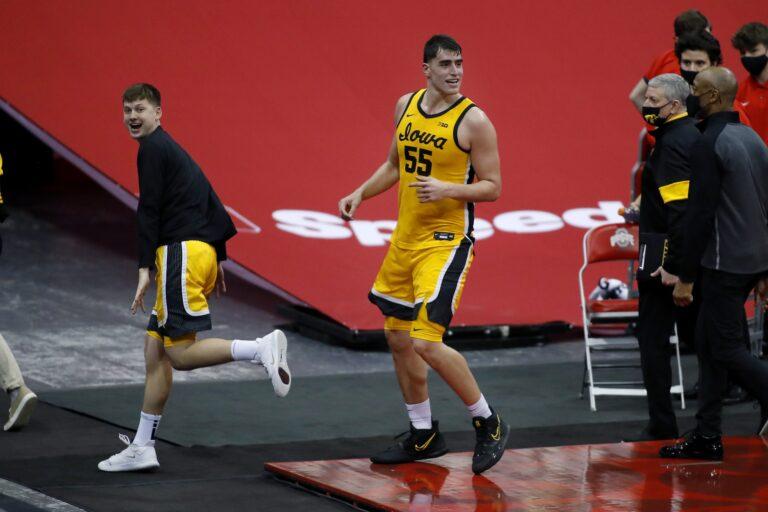 Free NCAAB Pick: Illinois vs Ohio State Prediction, Odds (Mar 6)
