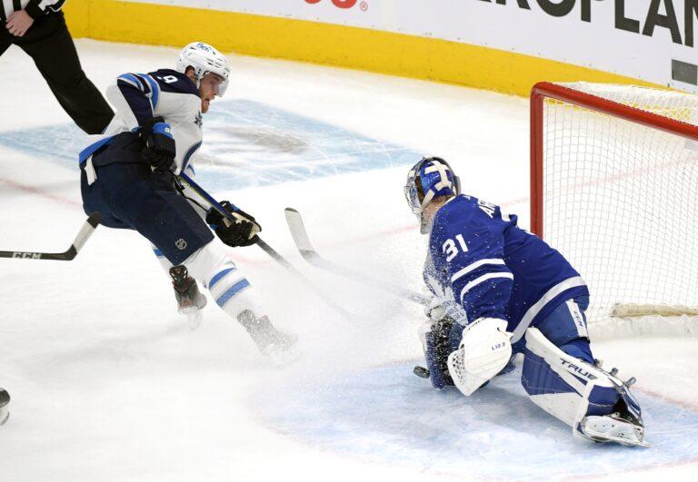Free NHL Pick: Maple Leafs vs Jets Prediction & Lines (Mar 31)