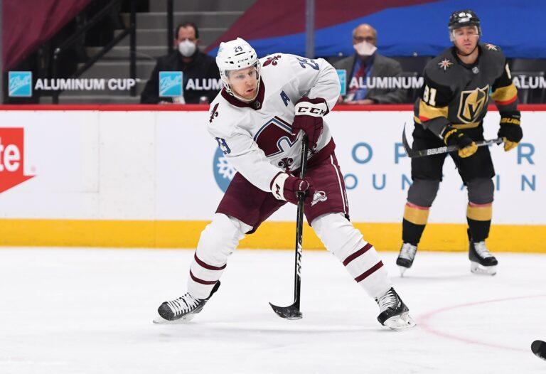 Free NHL Pick: Coyotes vs Avalanche Prediction & Lines (Mar 31)