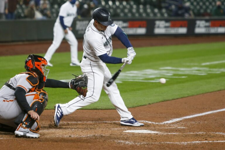 Free MLB Picks: Mariners vs Giants Predictions, Odds (Apr 2)