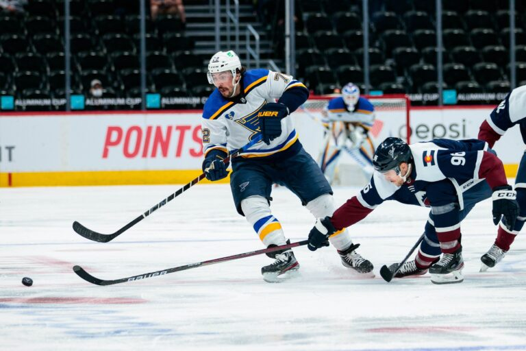 NHL Picks: Avalanche vs Blues Prediction & Lines (Apr 14)