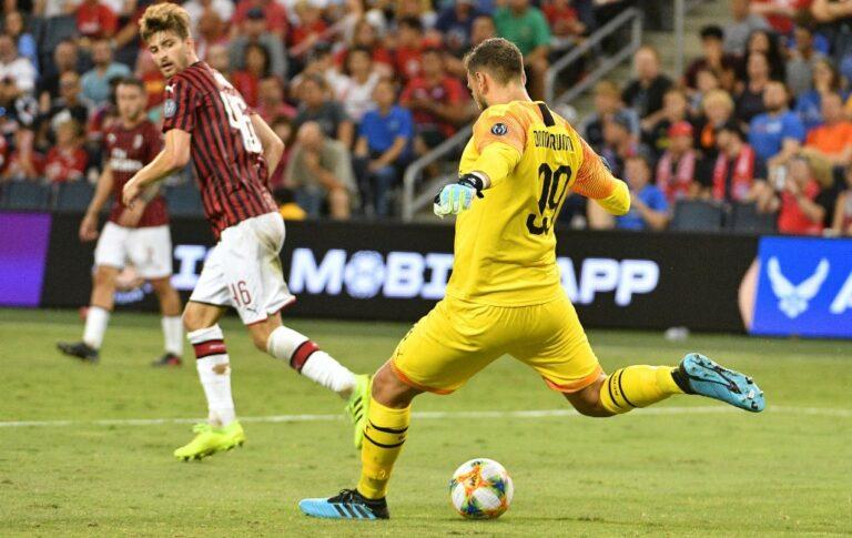 EURO 2020 MVP Gianluigi Donnarumma Signs for PSG