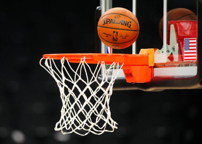 NBA Season Starts, Milwaukee Trashes Brooklyn, Warriors Rout Lakers