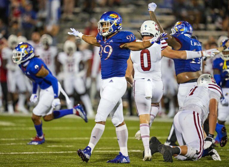 College Football: Kansas vs Coastal Carolina Prediction, Odds (Sept. 10)