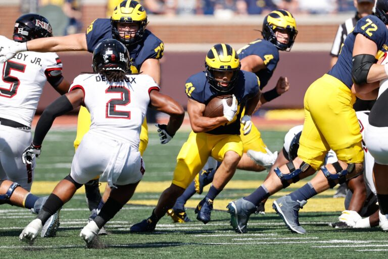 College Football Picks: Rutgers vs Michigan Odds, Preview (Sept 25)