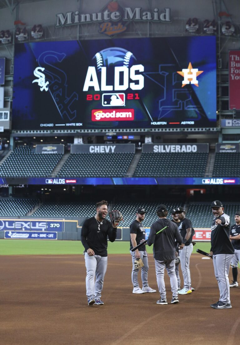 MLB Expert Picks: White Sox vs Astros ALDS Game 1 Predictions, Odds