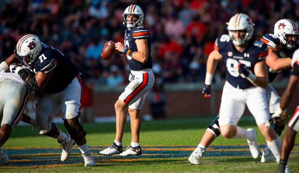 Auburn Tigers quarterback Bo Nix (10) looks to pass against Georgia at Jordan-Hare Stadium in Auburn, Ala., on Saturday, Oct. 9, 2021.  Auga10