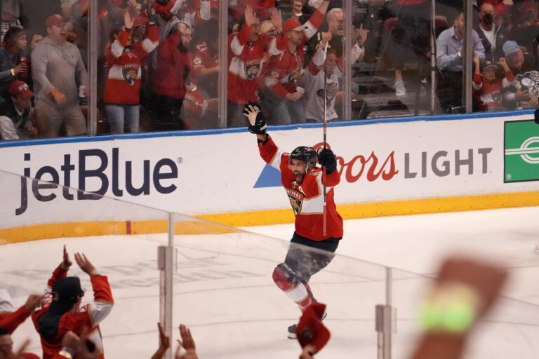 NHL Picks: Islanders vs Panthers Vegas Odds, Prediction (October 16)