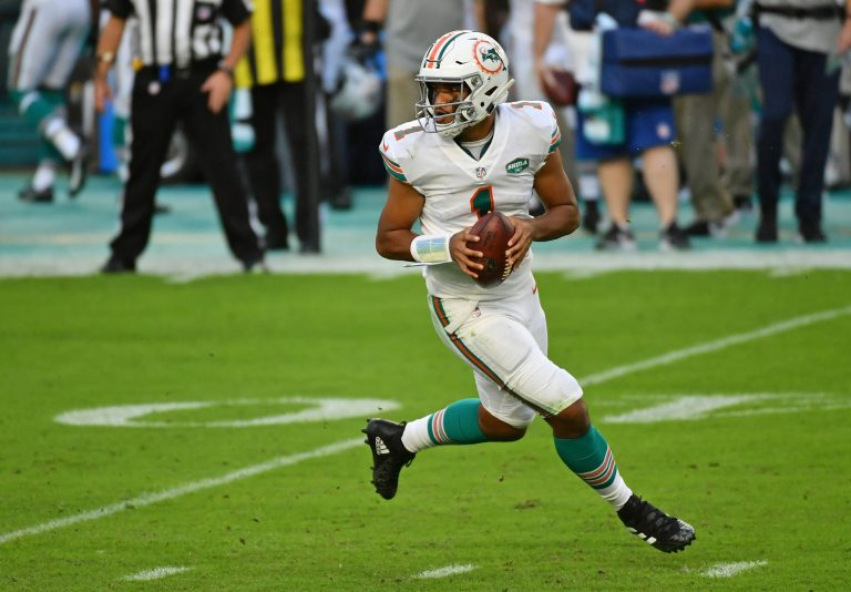 Chicago Bears and Miami Dolphins Underdogs With New QBs in Week 3