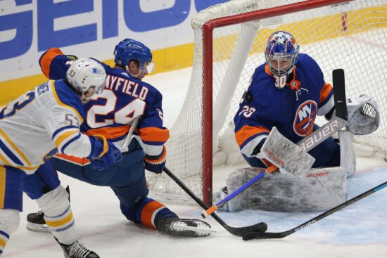 Free NHL Pick: Bruins vs Islanders Prediction & Lines (Mar 9)