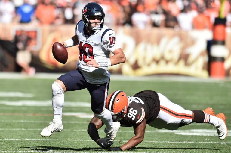 Free NFL Pick: Panthers vs Texans Prediction, Odds (Sept 23)