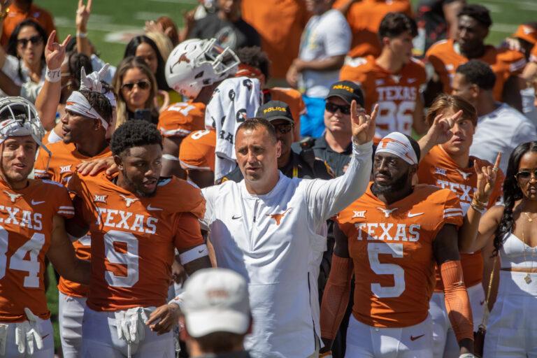 College Football Picks: Texas vs TCU Odds, Preview (Oct 2)