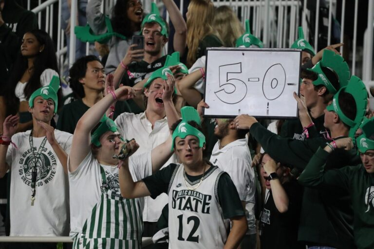 College Football Picks: Michigan State vs Rutgers Odds, Preview (Oct 9th)