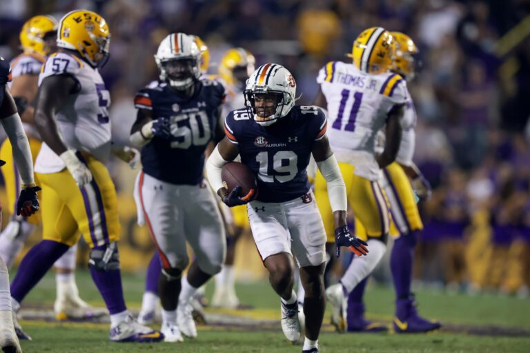 College Football Picks: Georgia vs Auburn Odds, Predictions (October 9)